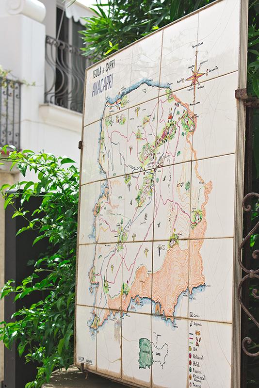 Map of Capri on tiles